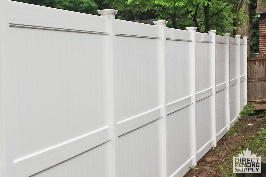 6 foot vinyl fence with middle cross ba