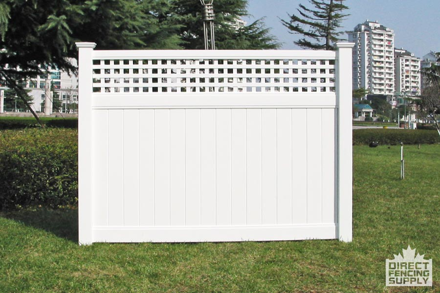 Cypress vinyl fencing with cross lattace