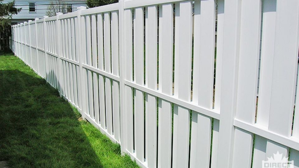 Fencing in Canada with alternating vinyl fence boards