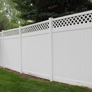Good Neighbor Vinyl Fence With Lattice Direct Fencing Supply