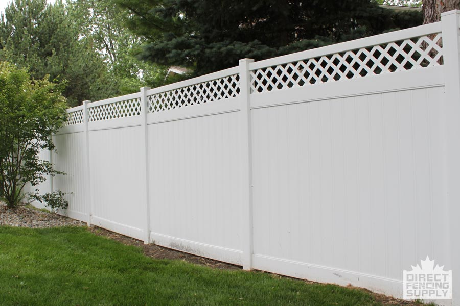 Good neighbor vinyl fence with lattice