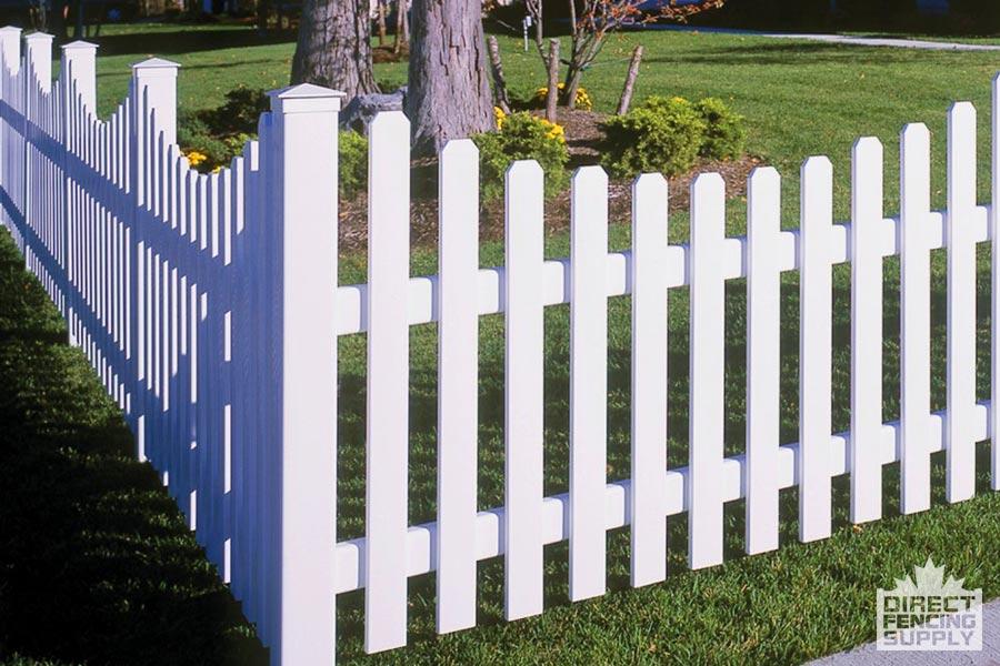 Low-maintenance vinyl fence Sudbury