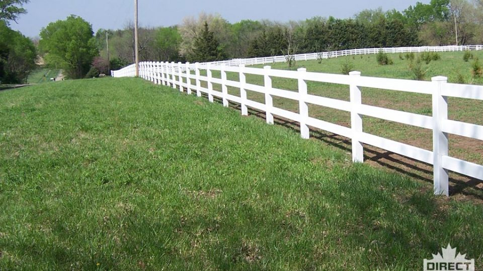 No paint vinyl fence for farms and acreages in Alberta