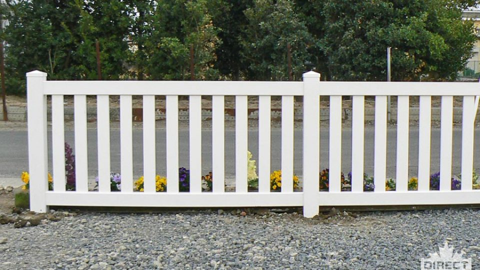 Pool fence with wide slats in Burnaby