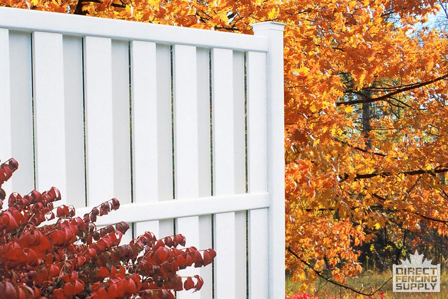 Semi-private vinyl fence installation Winnipeg