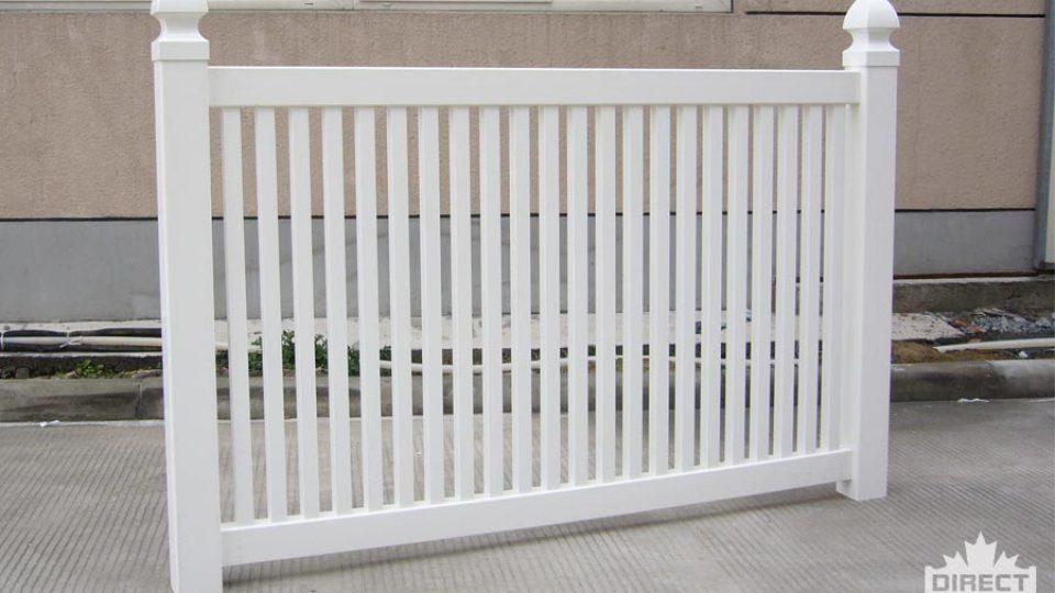 Vinyl fence that meets pool codes Ontario