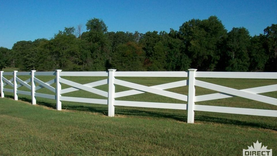 Alberta Vinyl ranch fence with cross pieces