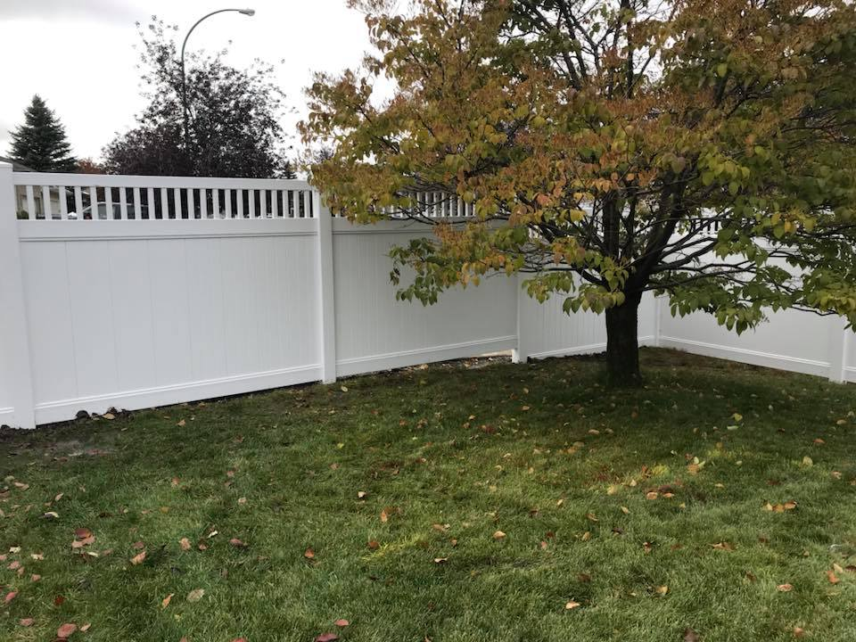Is Vinyl Fencing For You Direct Fencing Supply
