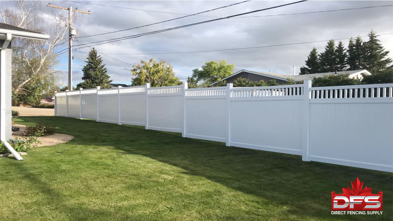 Fairmont Vinyl Privacy Fence
