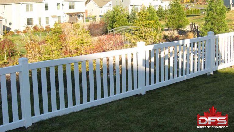 Lakeside Vinyl Pool Fence