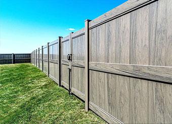 fencing saskatoon - privacy vinyl fence