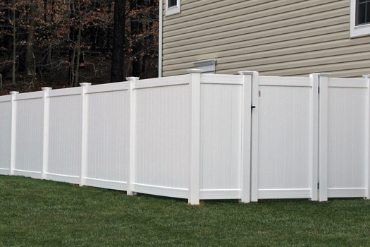 Good neighbour vinyl privacy fence